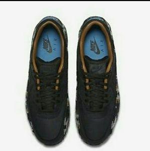 info for 9cc8e 2437e Nike Shoes - NIKE air max 90 Pendleton qs black size 8 sneaker